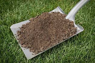 professional-grade-top-soil